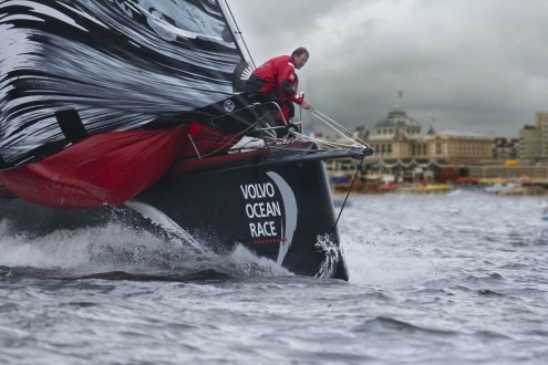 the hague pit stop in the hague volvo ocean race